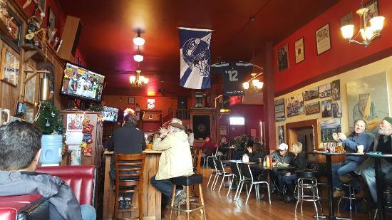 Uptown Pub