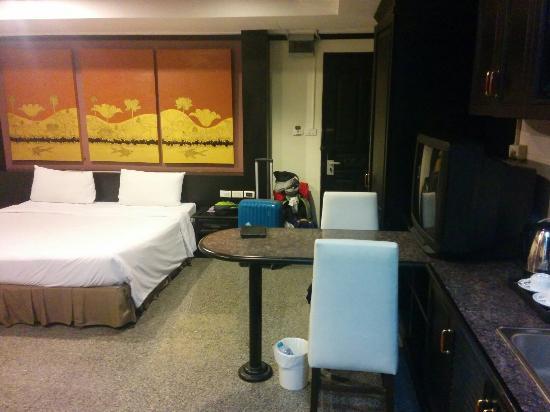 The Heritage Hotel Sathorn : IMG_20151201_063155_large.jpg