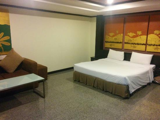 The Heritage Hotel Sathorn : IMG_20151201_063158_large.jpg