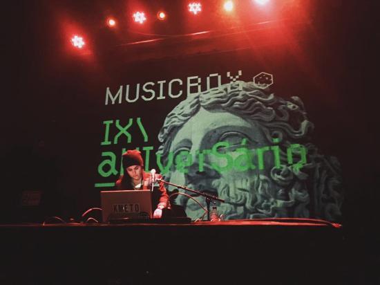 Musicbox: Natasha Kmeto
