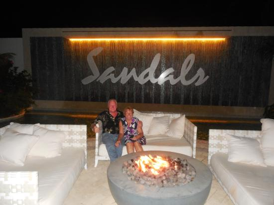 Sandals Barbados: after dinner ,a hot evening,a quiet relax