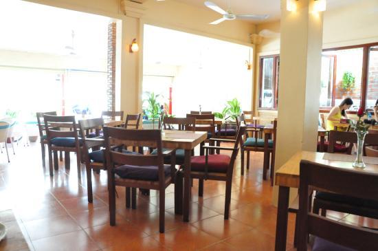Genevieveu0027s Restaurant: Interior