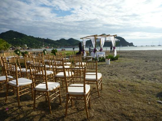 Villas de Palermo Hotel & Resort : Your beach wedding?  Our wedding planner can help with all the arrangements