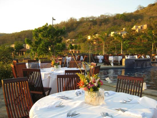 Villas de Palermo Hotel & Resort : Our event planner can help with business and family events poolside for 100 or more.