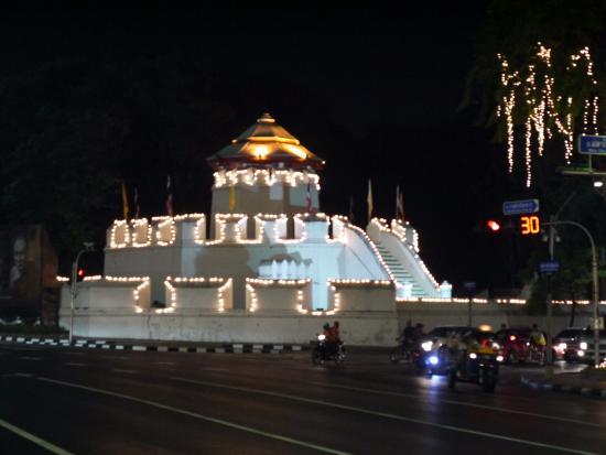 Mahakan Fort - 曼谷包帕素棉堡的圖片 - TripAdvisor
