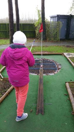 Krazy Golf Lydney: 20151206_132529_large.jpg