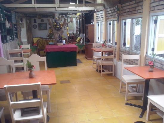 Caribbean Coral Inn : Comedor