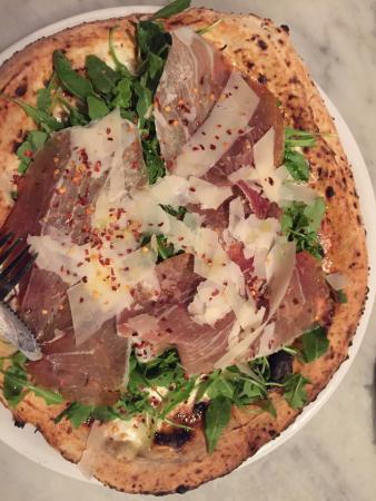 Fuoco Pizzeria Napoletana: photo0.jpg