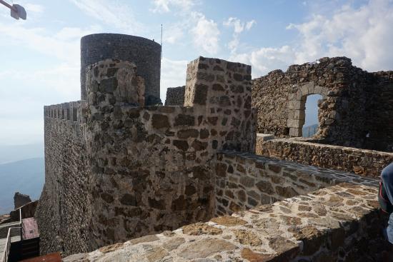 Castell de Montsoriu: Castillo