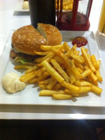 Caravela Burger Bar