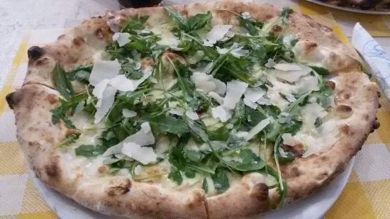 Massimino Pizzeria Ristopub: 20151206_221207_large.jpg