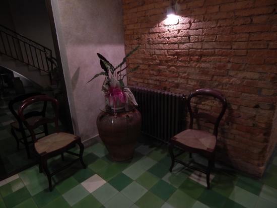 Hotel Jardí: detalle de recepción