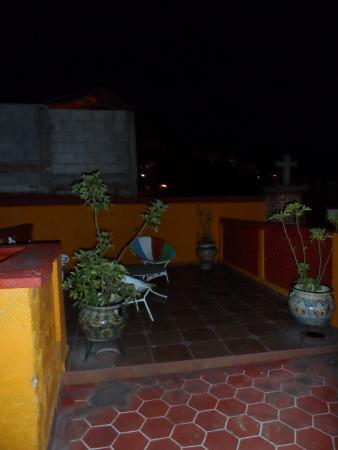 El Zopilote Mojado: balcon