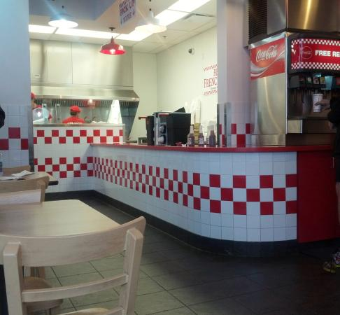 Five Guys : Very clean and user friendly!