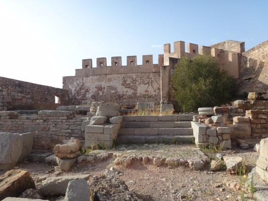 Castillo de Sagunto - Picture of Sagunto Castle and Theatre, Sagunto - TripAd...