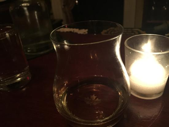 Mount Kisco, estado de Nueva York: Calvados by candlelight