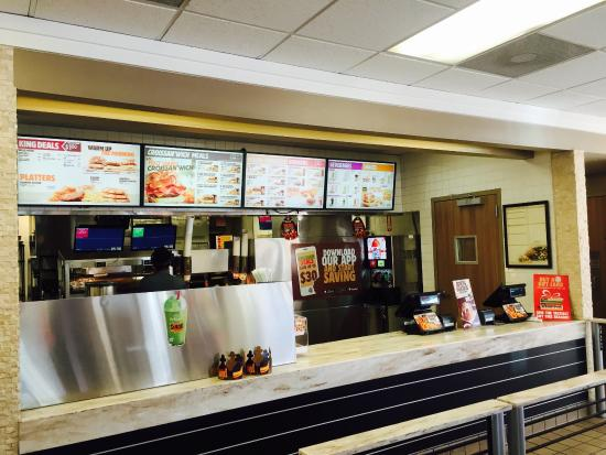 Photo of Fast Food Restaurant Burger King at 9601 Airport Boulevard, Los Angeles, CA 90045, United States