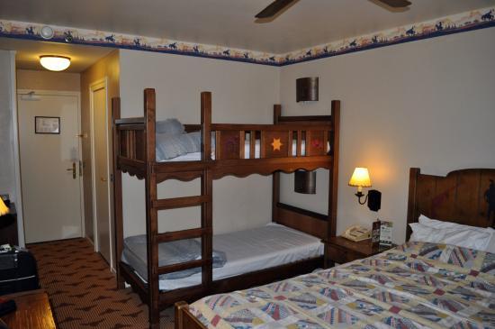 Bunk Beds Bild Von Disney S Hotel Cheyenne Marne La Vallee