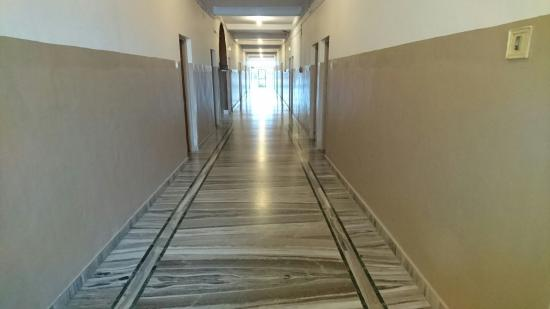 Yadgir, India: Hotel interiors