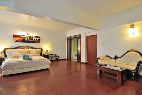 Maizons Lake View Resorts: Bedroom