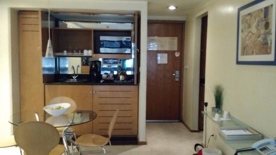Suites Contempo: Cocineta