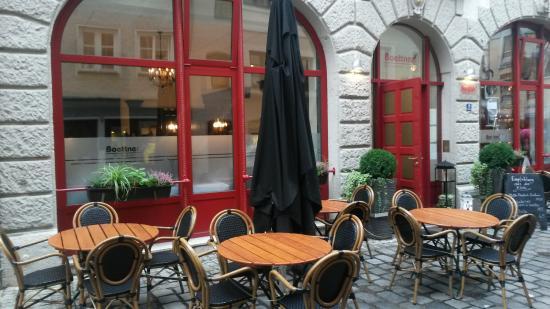 Boettner's : Столики на улице