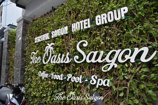 The Oasis Saigon Pool & Restaurant