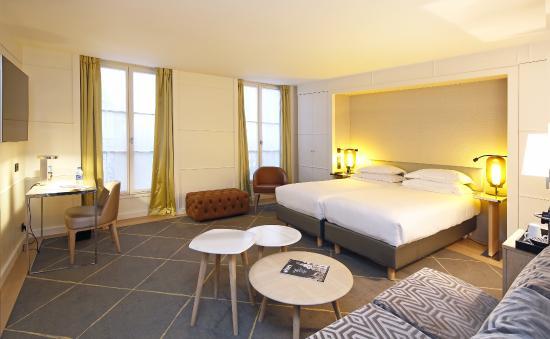 Hotel manger gives room service bj 3