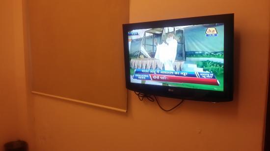 Sai Palace Budget Hotel : room
