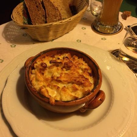 Stinco di maiale, patate e crauti - Foto di Cantina Tirolese, Roma ...
