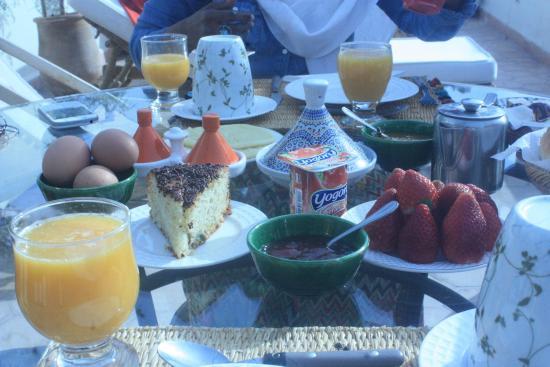 Riad Le Coq Berbere: Breakfast