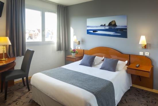 da86a9270568f5 Chambre double standard - Picture of Hotel Red Fox, Le Touquet ...
