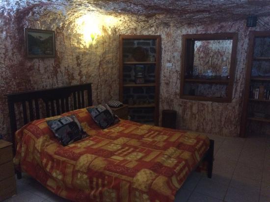Radeka Downunder Underground Motel & Backpacker Inn: photo1.jpg