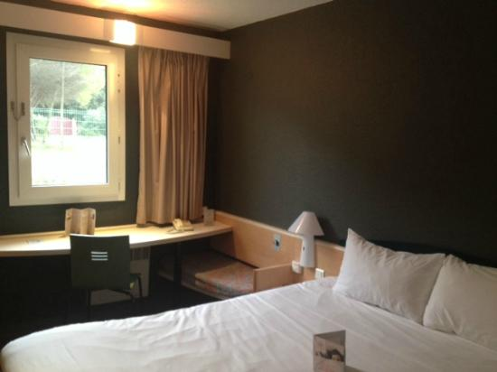 Ibis Montpellier Fabregues : CHAMBRE DOUBLE