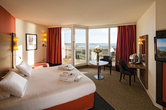 Hotel Les Bains De Camargue Prices Reviews Le - Thalasso port camargue