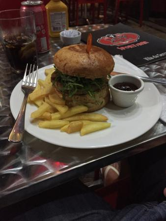 Photo of Restaurant Jacks Burger 6Pistas at Alameda Da Serra 322, Nova Lima 34000-000, Brazil