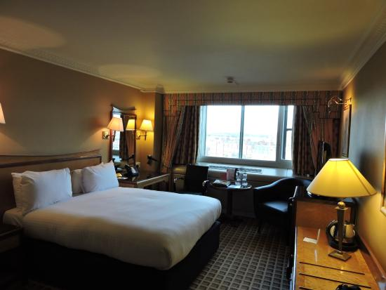Copthorne Tara Hotel London Kensington The Club Room