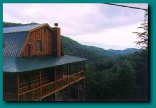 Blue Smoke Mountain Cabins: Wind Rider panoramic mountain view