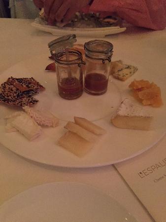 L'Espalier: cheese platter