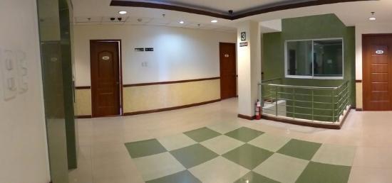 The Maxwell Hotel : Hallway