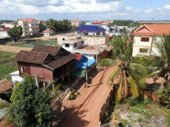 Lucky Angkor Hotel: Вид из окна