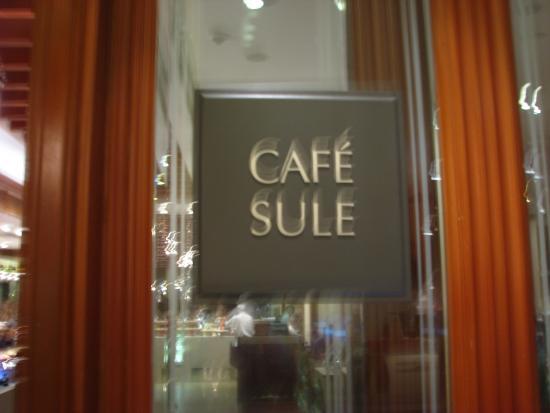 Café Sule: l'entrée du restaurant