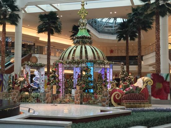Picture Of The Gardens Mall Palm Beach Gardens Tripadvisor