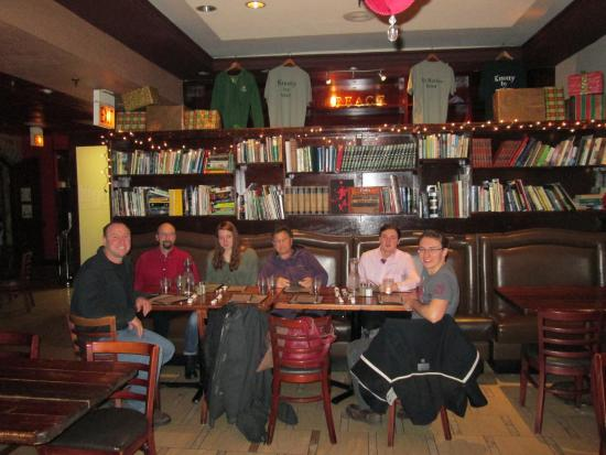 The Celtic Knot Public House: Downs Family Breakfast