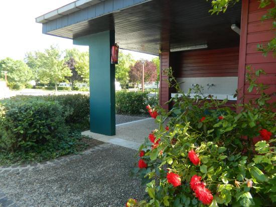 Montlouis-sur-Loire, Francia: sanitaires