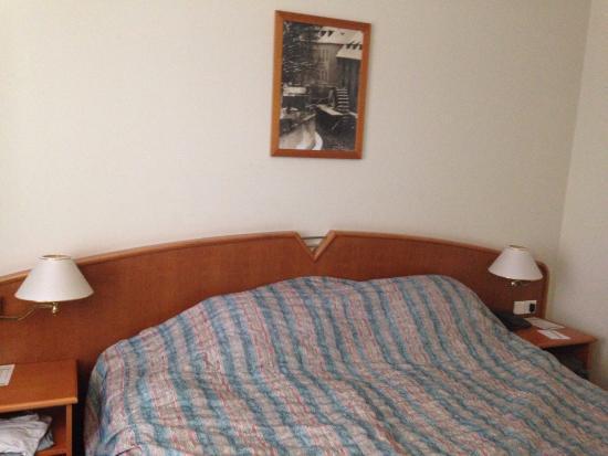 Plaza Alta: Room 2