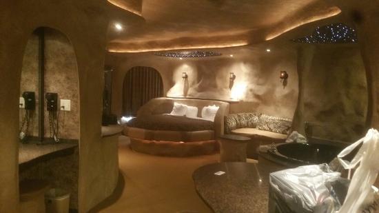 Best Western Designer Inn & Suites: 20151110_154259_large.jpg