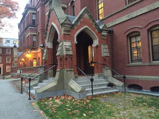 A Cambridge House B & B Inn: Harvard Campus