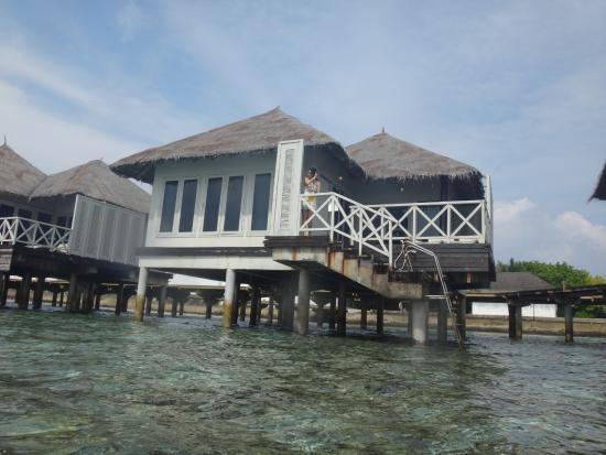 Farukolhufushi Island: WORN OUT WATER BUNGALOW