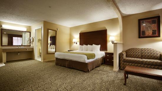 BEST WESTERN Deer Park Inn & Suites : King Suite